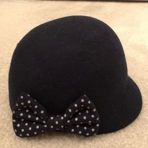 H&M Girls Kids Hat w/ Polka Dots Bow